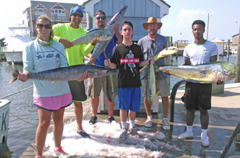 anglers with mahi and wahoo